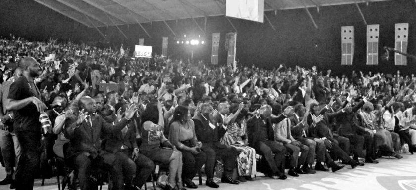 DAGSTUKKIES UIT DIE BYBEL: DEELHEBBERS EN VERSPREIDERS VAN DIE GODDELIKE LEWE